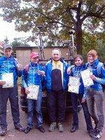 Wice mistrzowie w jeździe parami wraz z trenerem